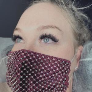 eyelash-extesions-1