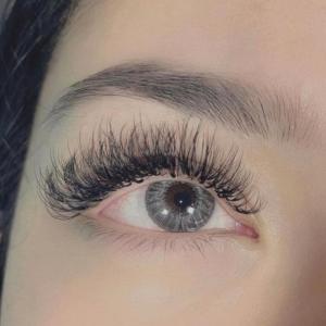 eyelash-extesions-2