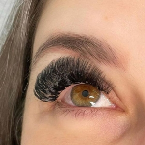 eyelash-extesions-6
