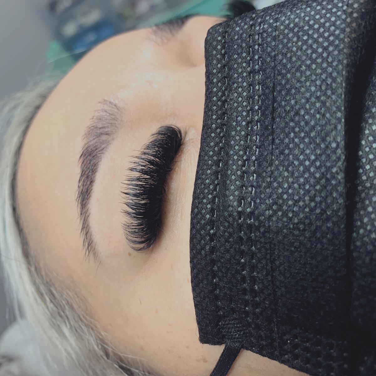 eyelash-extesions-8